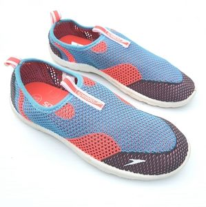 SPEEDO flyknit mesh water shoes size small 5/6